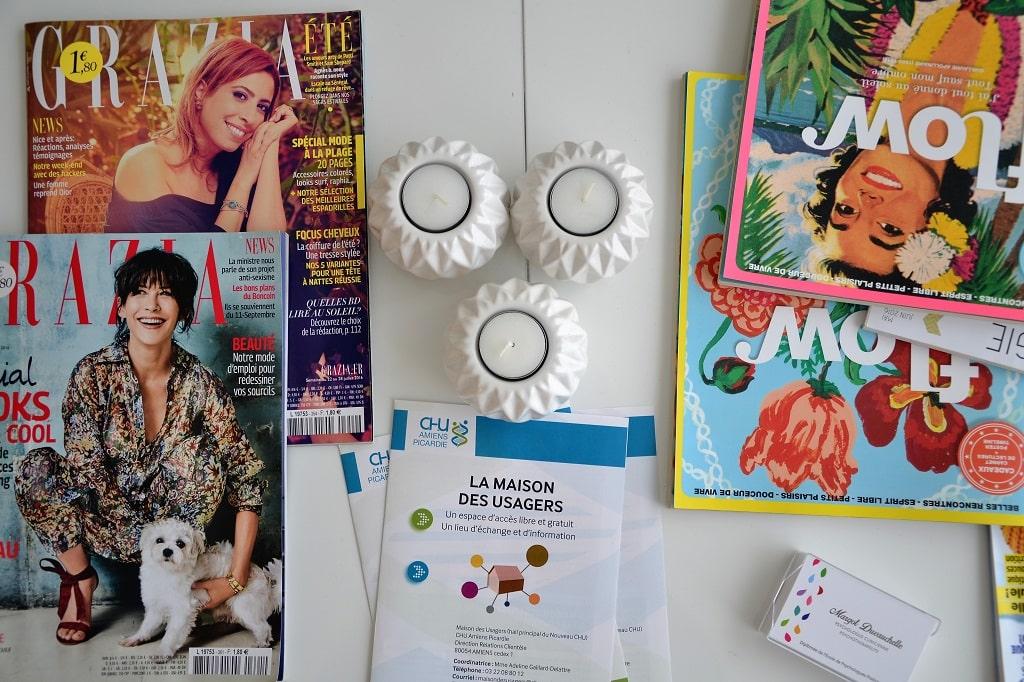 Magazines dans la salle d'attente de Margot Duvauchelle, psychologue à Amiens